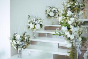 Hochzeit Page_การจัดดอกไม้ตรงบันได